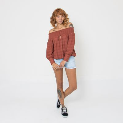 Blusa-Ombro-a-Ombro-Lady-Rock-com-Elastex-Marrom-Look
